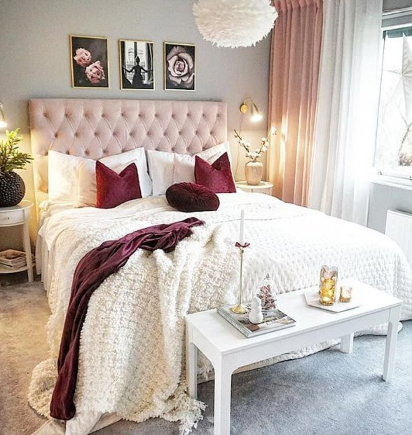 Romantic photo wall in pink and gray